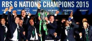 Paul O'Connell lifts the Six Nations trophy
